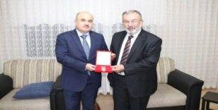 Vali Dağlı, Kıbrıs gazisine madalyası verildi