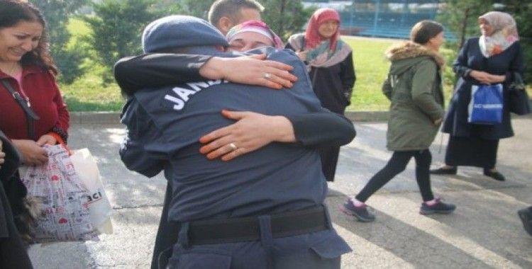 Bursa'da jandarmaların yemin töreninde duygusal anlar