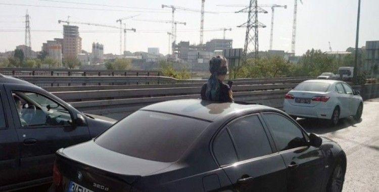(Özel) Bayrampaşa'da trafikte ilginç görüntü