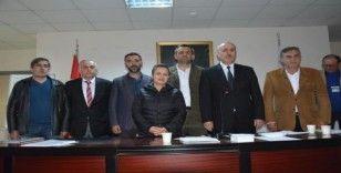 Akçakoca Kent Konseyi Adnan Yaman güven tazeledi