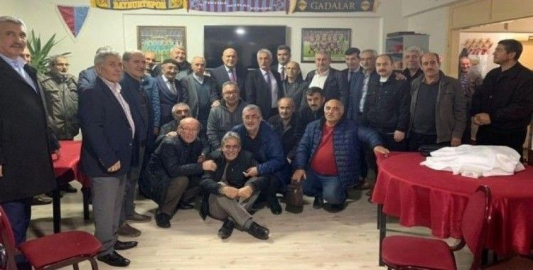 Başkan Pekmezci, Trabzon'daki Bayburt dernekleriyle bir araya geldi