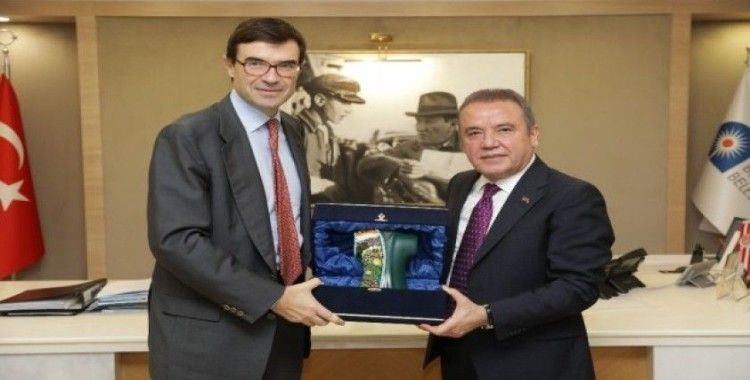Antalya ile Benidorm şehirlerini eşleştirme önerisi