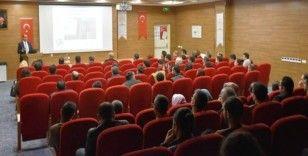 Mardin'de doktorlara hepatit ve HIV/AIDS bilgilendirme toplantısı