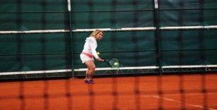 (Özel haber) Türkiye Tenis Şampiyonları Sakarya'da bir araya geldi