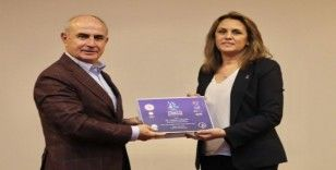 Başkan Akgün, şampiyonları tebrik etti