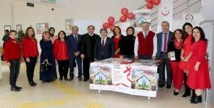 1 Aralık 'Dünya AİDS Günü'nde Farkındalık Standı Açıldı