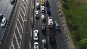 Ambulansların trafikteki yol çilesi