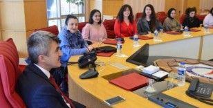 Rektör Uysal, Güzel Sanatlar Fakültesi'nin ödüllü öğrencilerini kabul etti