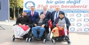 Gaziantep'te 75 engelliye akülü ve manuel sandalye