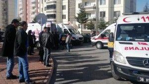 Kayseri'de beton mikseri, halk otobüsüne çarptı,16 yaralı