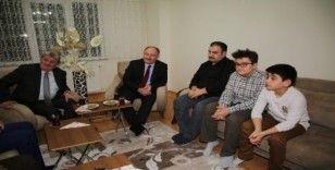 Başkan Bilgin'den engellilere evlerinde ziyaret