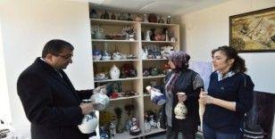 Başkan Öz, Belediye El Sanatları Atölyesi'ni ziyaret etti