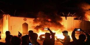 İran'ın Necef Başkonsolosluğu 3. kez ateşe verildi