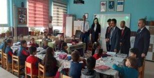Vali Aktaş, Yazıhüyük'te zeka oyunları ve tasarım atölyesinin açılışını yaptı
