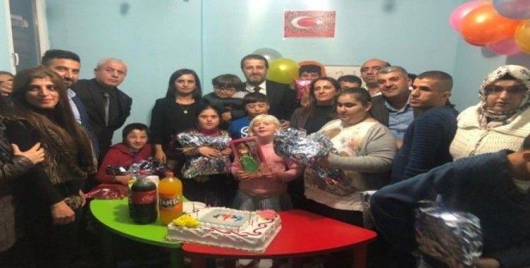AK Parti heyetinden engellilere ziyaret