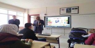 Pazarlar'da veli iletişim semineri