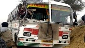 Hindistan'da katliam gibi kaza: 15 ölü, 30 yaralı