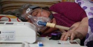 57 yaşındaki Zümrüt teyze, rahat nefes alabilmek istiyor