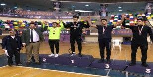 İhlas Koleji öğrencisi güreşte İstanbul birincisi