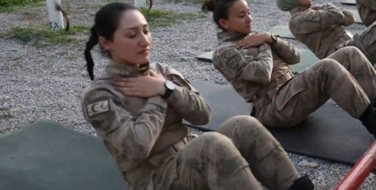 İlk kadın komando astsubaylardan zorlu eğitim