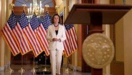 Pelosi Trump'ın resmen azlini talep etti