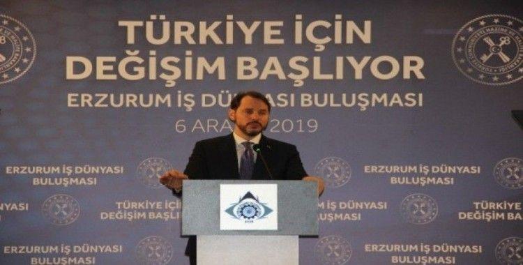 Bakan Albayrak: 'Bir sene önce dolara güvenenlerin şimdiki halini sormak lazım'