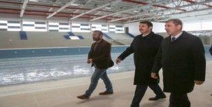 """Vali Ayhan: """"Olimpik havuz yakında açılıyor"""""""