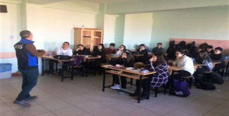 Kütahya AFAD'tan Sosyal Bilimler Lisesi öğrencilerine 'Afete Hazır Okul' eğitimi