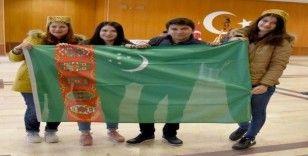 OMÜ'nün Özbek öğrencileri ülkelerini tanıttı