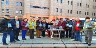 Eskişehirli şair Doğru'nun 'Sevgi Emektir' şiir kitabı okuyucularıyla buluştu
