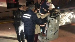 Ankara'da şizofren kızın çıkardığı yangında annesi öldü