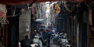 Hindistan'da fabrika yangını: 43 ölü