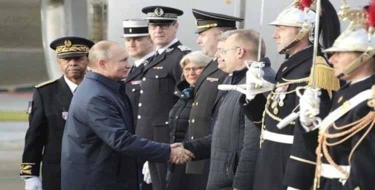 Putin ve Zelenskiy, Normandiya Dörtlüsü için Paris'te