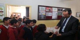 Gürpınar Belediyesi öğrencileri 3D sinemayla buluşturdu