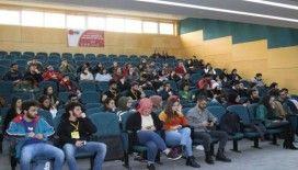 SAÜ'de 'Dijital Algı Yönetimi' isimli konferans düzenlendi