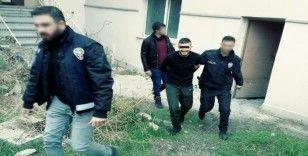 Silahla adam kaçıran 2 şüpheli polis tarafından yakalandı