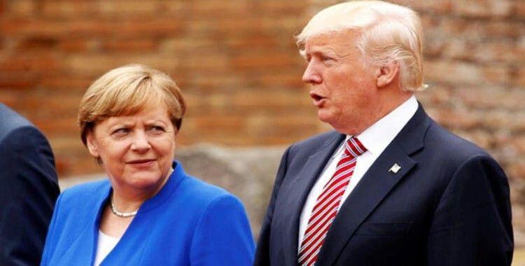 Merkel ve Trump'tan Johnson'a tebrik