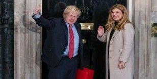 Boris Johnson, Kraliçe'den izni aldı