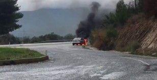 Aracı alev alan gazeteci ölümden döndü