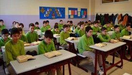 İmam hatip öğrencileri okul eğitimlerini hafızlıkla taçlandırıyor