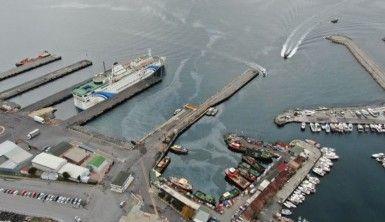 Zeytinburnu açıkları, gemi yoğunluğundan limana döndü