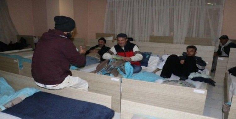 Soğuktan etkilenen vatandaşlara BİMEKAN kucak açtı