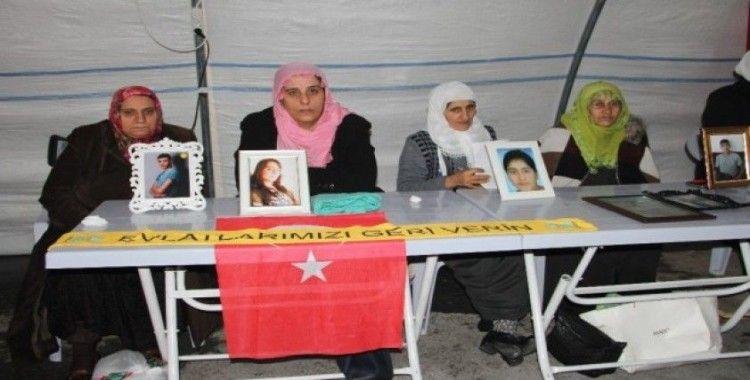 Annelerin HDP önündeki evlat nöbeti 125'inci gününde