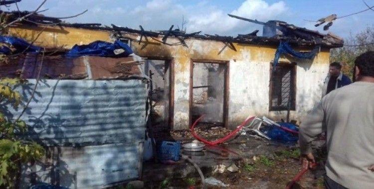 Baraka ev yangında kül oldu