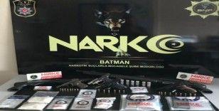 Batman'da zehir tacirlerine operasyon: 54 gözaltı