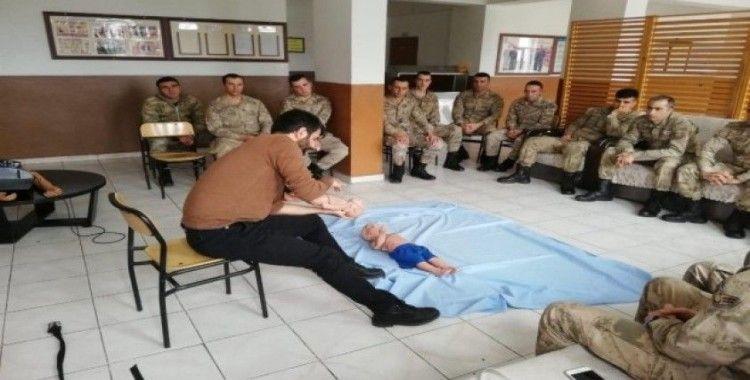 Jandarma ve polise ilk yardım eğitimi verildi