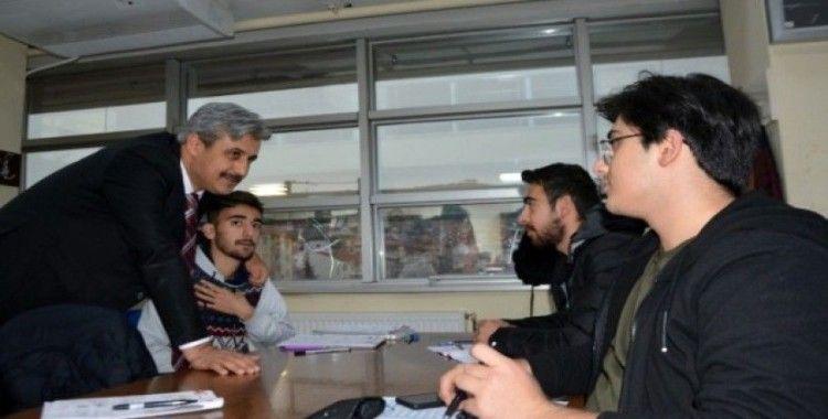 Başkan Köse'den öğrencilere sürpriz