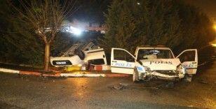 Polis otosu ile araç çarpıştı: 1'i polis 2 kişi yaralandı