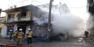 Tüpten çıkan yangın, binayı kullanılamaz hale getirdi