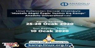 Ücretsiz özgür yazılım eğitimleri Anadolu Üniversitesi'nde